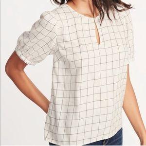 NWT grid print blouse - puff sleeves keyhole neck